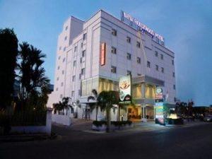 hotelnewhollhywodpekanbaru2